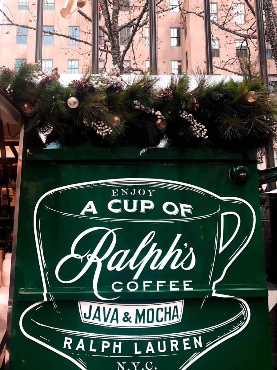 #coffee #christmas #nyc #christmasinnyc #coffee #happyholidays #winter #newyorkcity