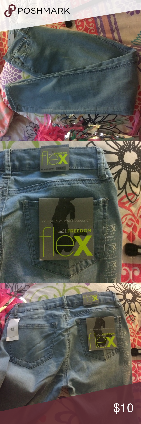 Rue 21 Freedom FLEX Jeans Brand new with tags. Size 3/4 Rue 21 Jeans Straight Leg