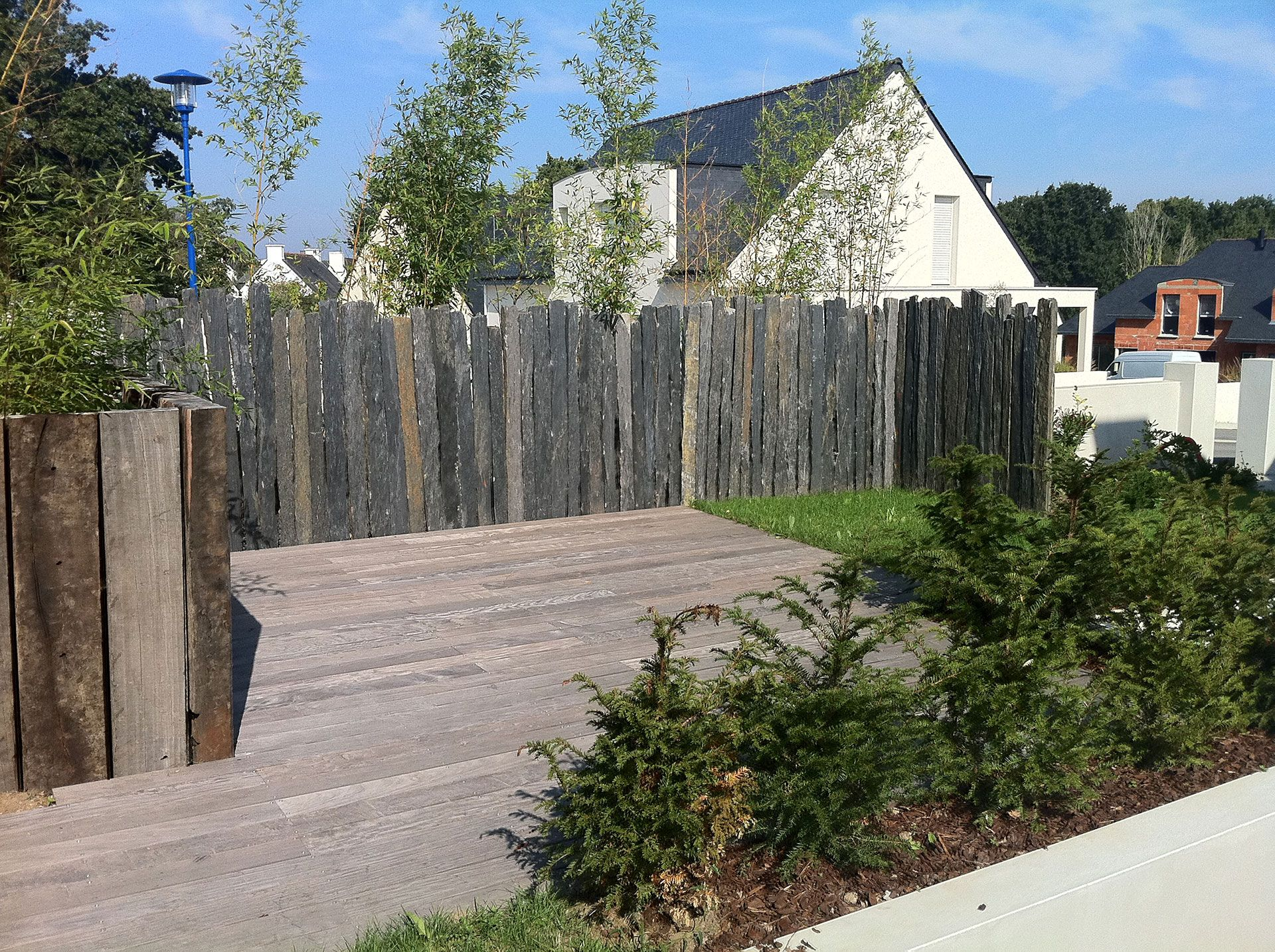 piquet brise vue recherche google ext rieurs pinterest schiste portail et mon jardin. Black Bedroom Furniture Sets. Home Design Ideas