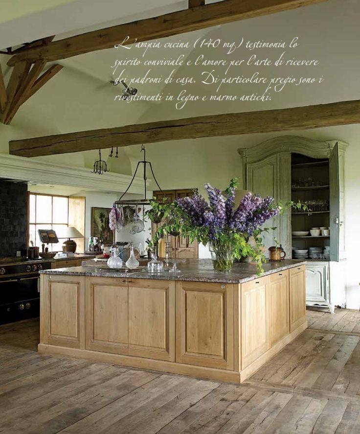 Kitchen of Brigitte & Alain Garnier; Vivere Country mag