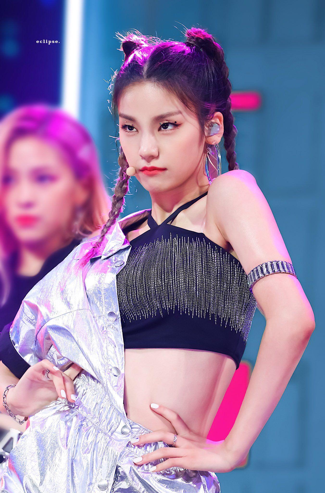 Eclipse On Twitter Itzy Kpop Girls Girl