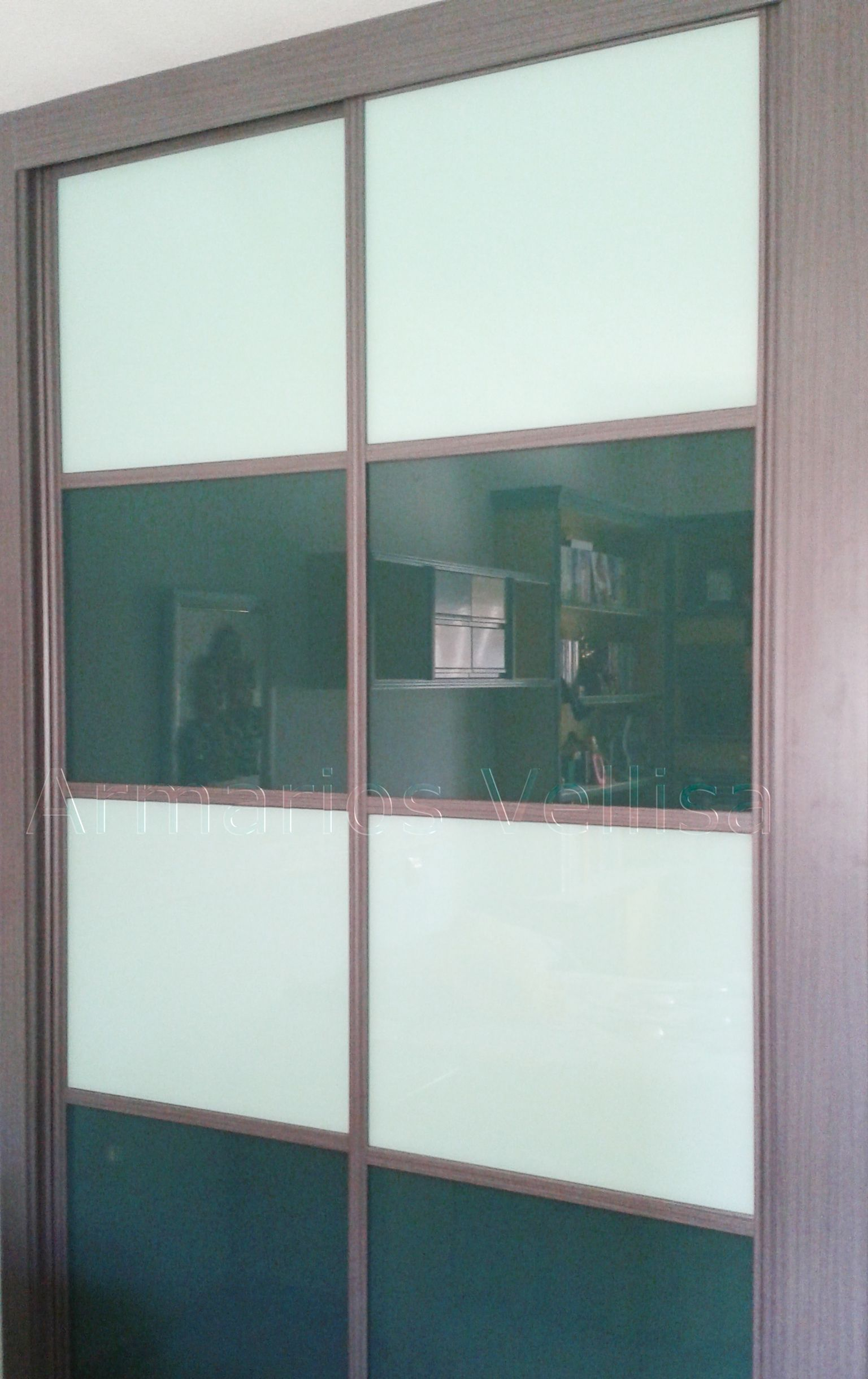Armario empotrado en habitaci n juvenil 260 x 166 x 65 2 for Armarios habitacion