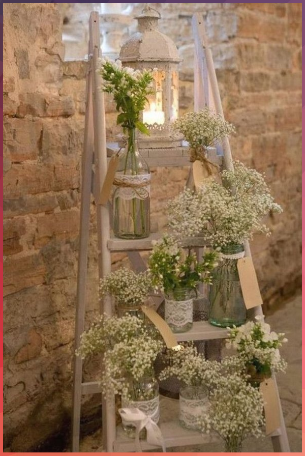 20 Vintage Rustic Wedding Decoration Ideas with Ladders As one of the most roman..., 2020 #Vintage #Rustic #Wedding #Decoration #Ideas #with #Ladders #one #the #most #roman..., #2020