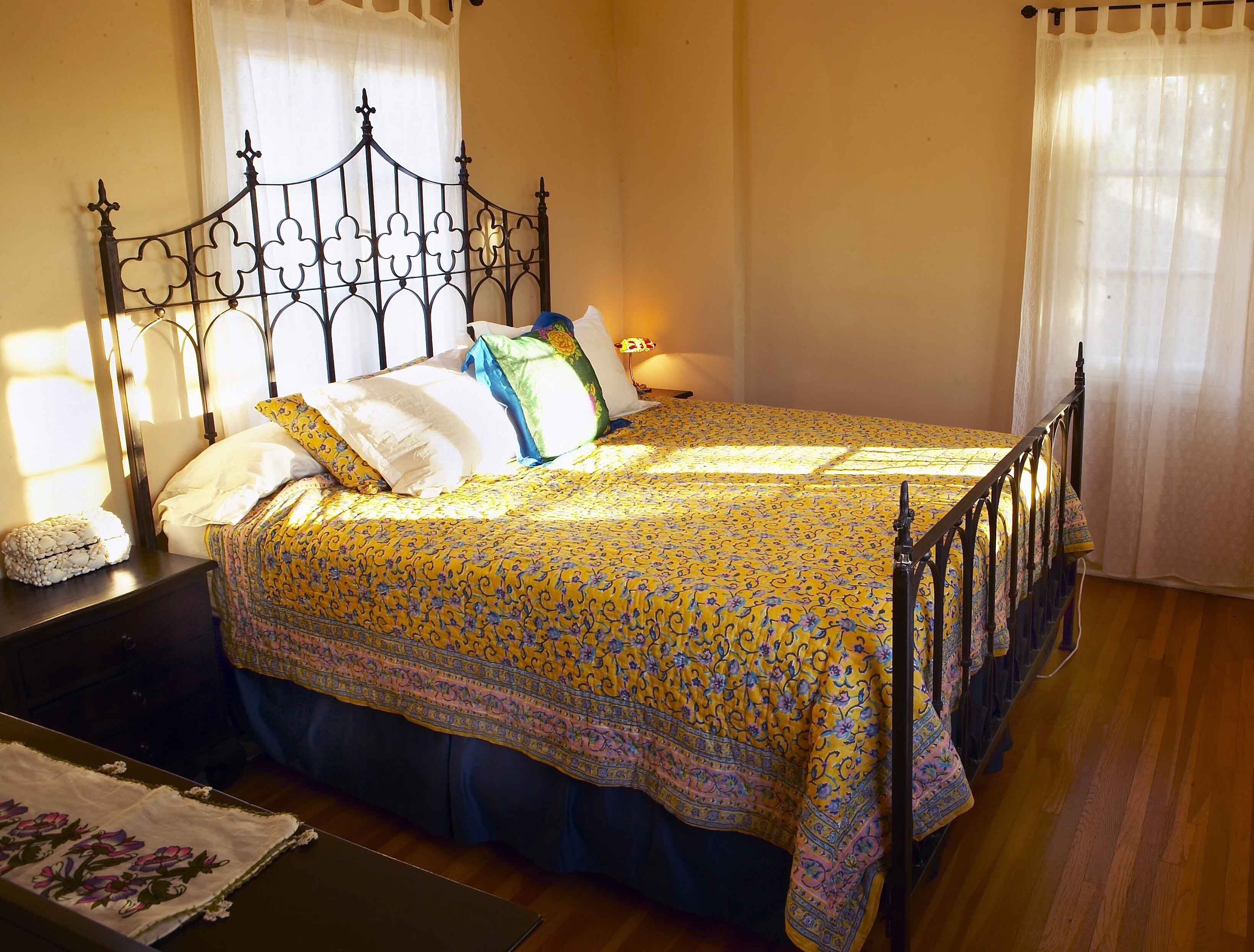 wrought_iron_gothic_bed_.JPG 3,279×2,489 pixels | Home Decor | Pinterest
