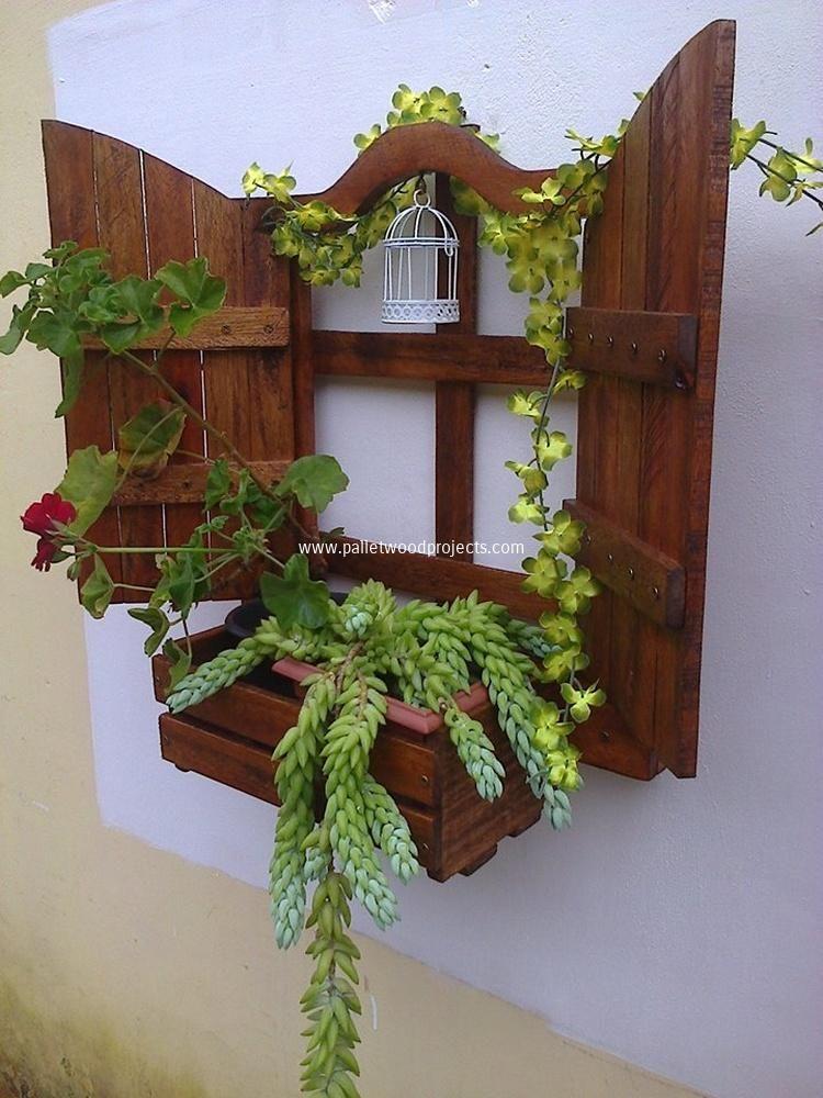 Brilliant Wood Pallet Planter Ideas