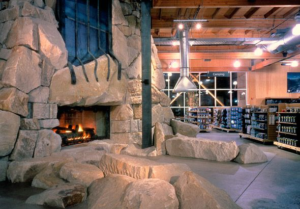 Iconic Fireplace In Rei S Flagship Store Seattle Wa Store