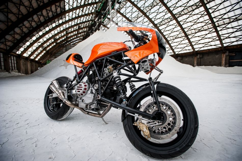 Motorcycle Photography | Ducati 900SS Cafe Racer | Moto Verso