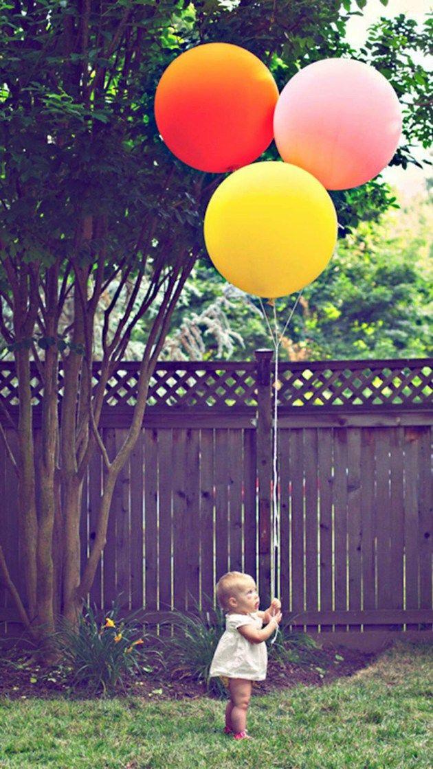 風船と子供 Iphone壁紙 ただひたすらiphoneの壁紙が集まるサイト Balloons One Balloon Baby Photography