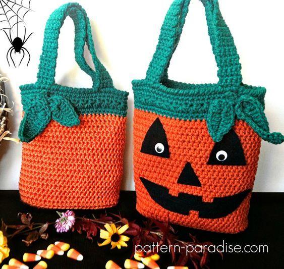 Free Crochet Pattern: Halloween Bags | Free crochet, Crochet and ...
