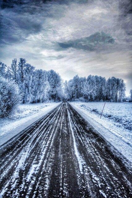 Winterlandscape in Sweden  Photo: Emma Ask #winter #Sweden #landscape