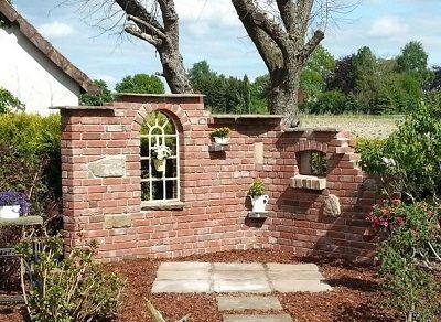 Pin von bettina jung auf grillecke gartenmauern for Gartengestaltung sitzecke sichtschutz