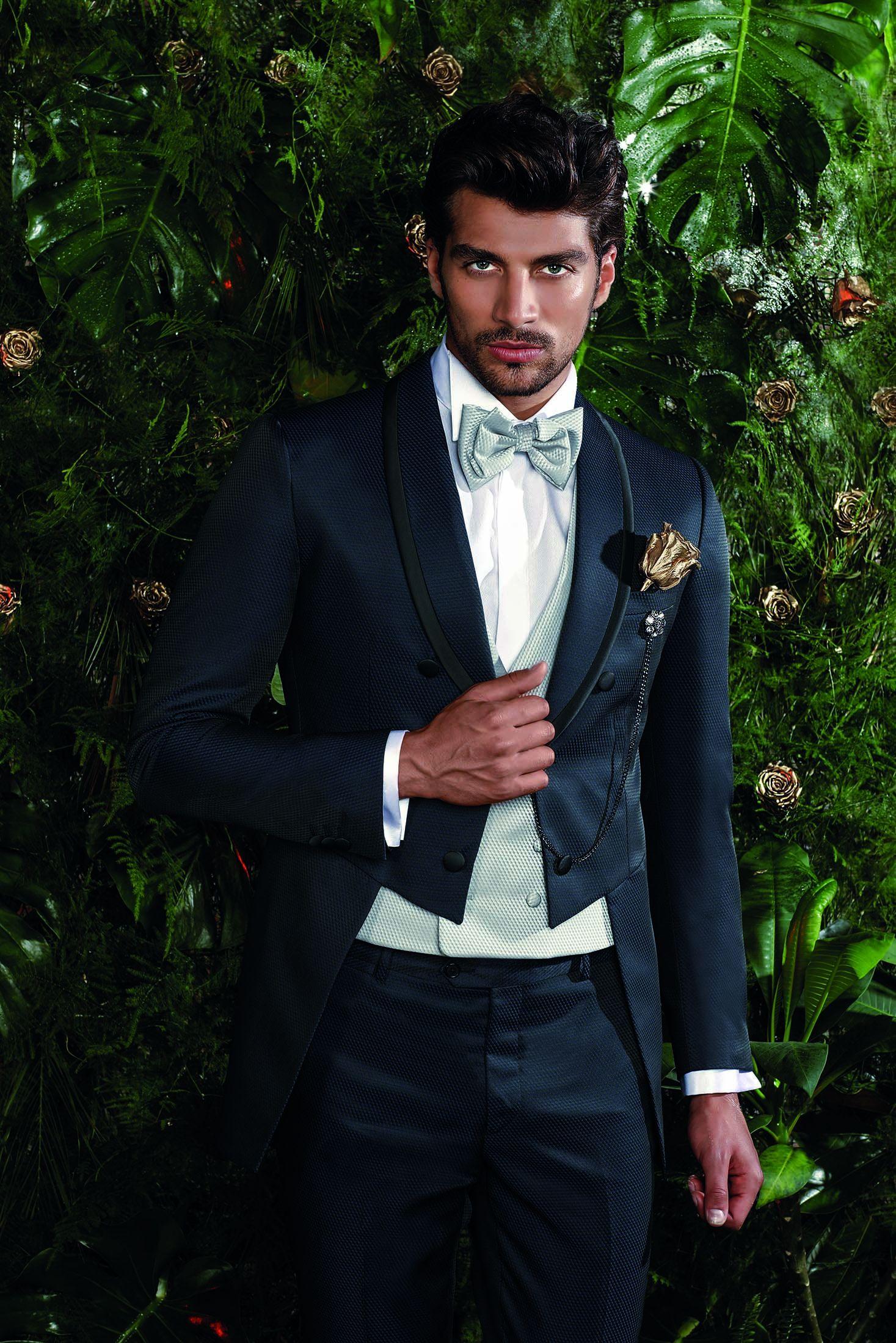 ed06538e3 Traje de Novio de Petrelli Uomo (MOD 869)  bodas  weddings  bodasnet   weddingshoes  groom  suit  groomsoutfit  lookdenovio  trajedenovio   lookoftheday ...