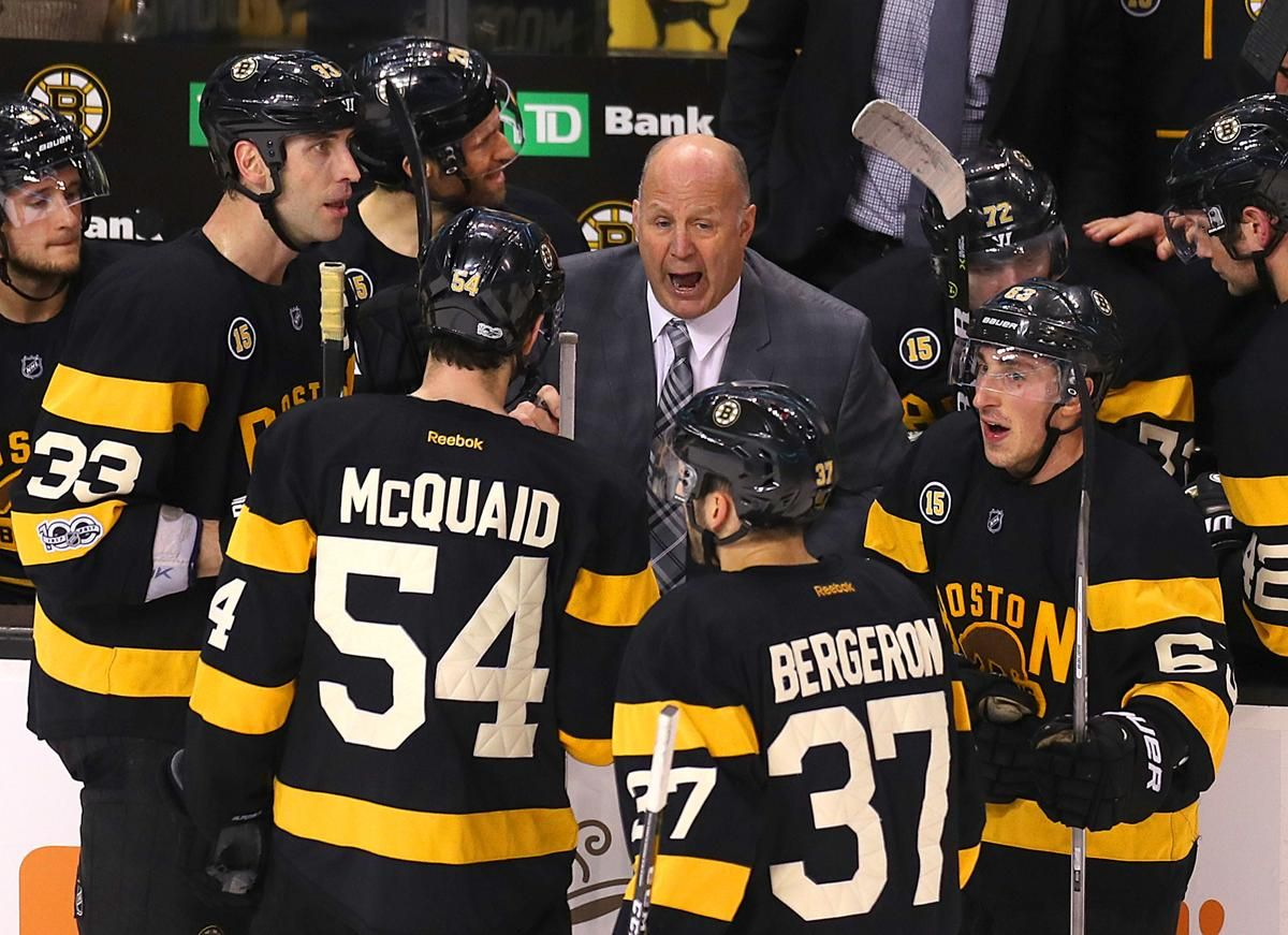 ad6a4c0e908 Boston-01 26 2017 The Boston Bruins vs Pittsburgh Penguins-Bruins coach  Claude Julien speaks to his players during a timeout late in the 3rd period.