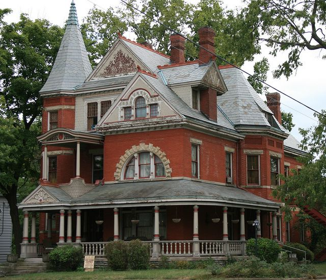The Dayton Lane Historic District In Hamilton Ohio You Can View 200 19th Century Homes The District Feat Victorian Homes Victorian Architecture Architecture