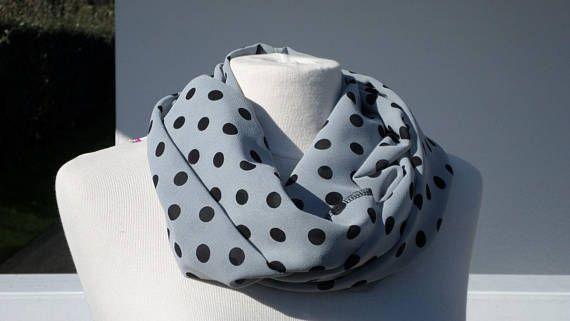 e6a5f0e7f0e4 Snood écharpe tube tour du cou foulard femme gris clair pois noirs nouvelle  collection printemps 2018