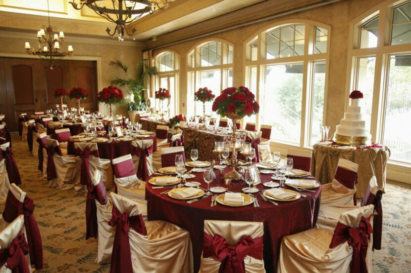 Gold And Maroon Table Gold Wedding Reception Gold And Burgundy