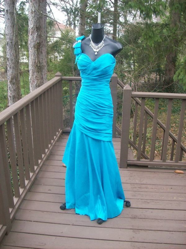 358cf4bd26a SEXY FABULOUS AQUA PROM PARTY RED CARPET DRESS GOWN M JOVANI  JOVANI  Formal  80s