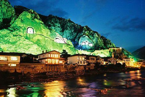 Amasya'dan bir gece görüntüsü…