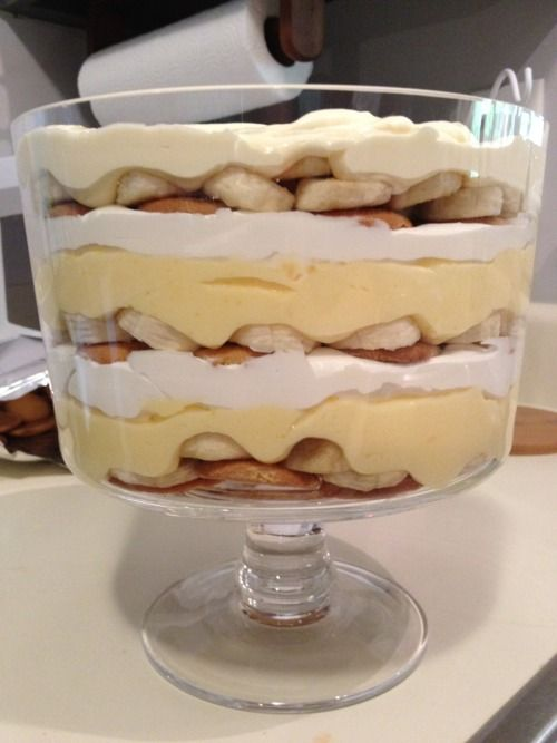 Paint What Makes You Happy Banana Pudding Recipes Banana Pudding Trifle Bowl Recipes