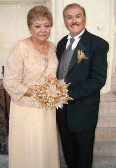 Vestidos cortos para bodas de oro