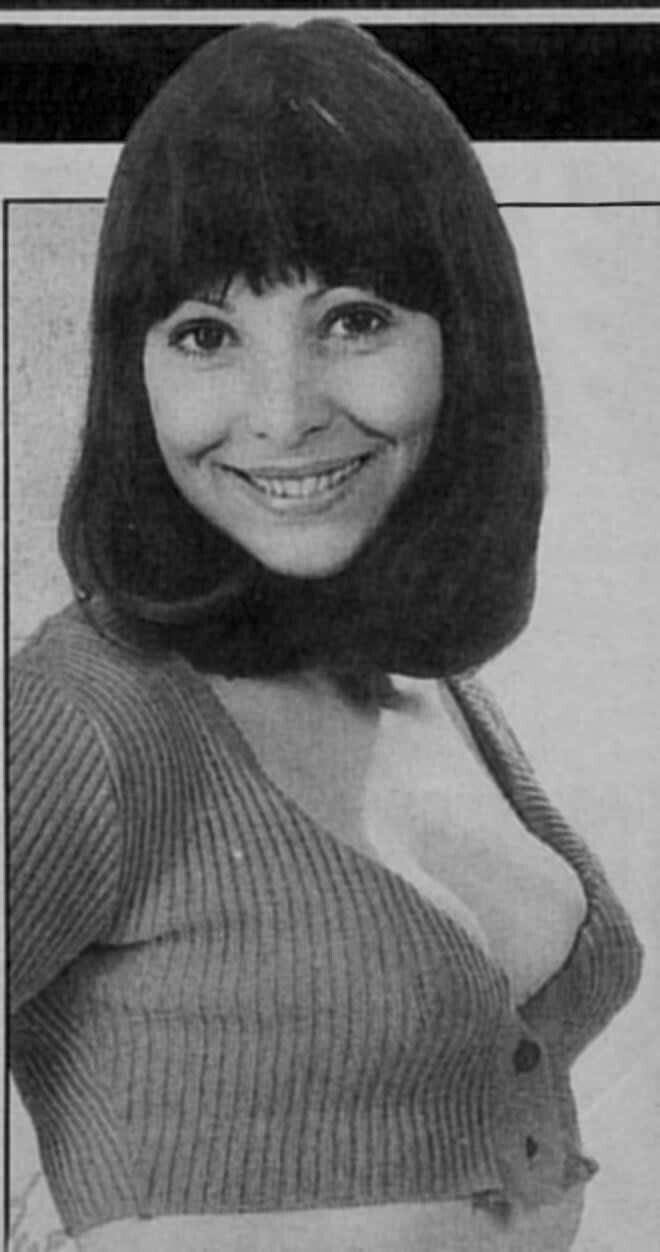 Diane Keen Nude Photos 36