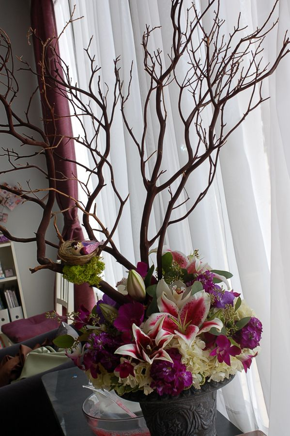 Manzanita branches red bark in wedding table