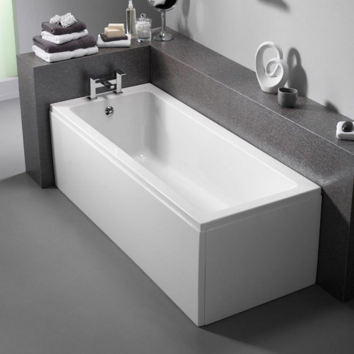 Single ended bath made from Acrylic Lucite for comfort and strength ...