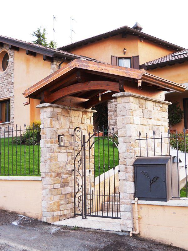Copri cancello coperture per cancelli su misura recinzione for Recinzioni in muratura per ville