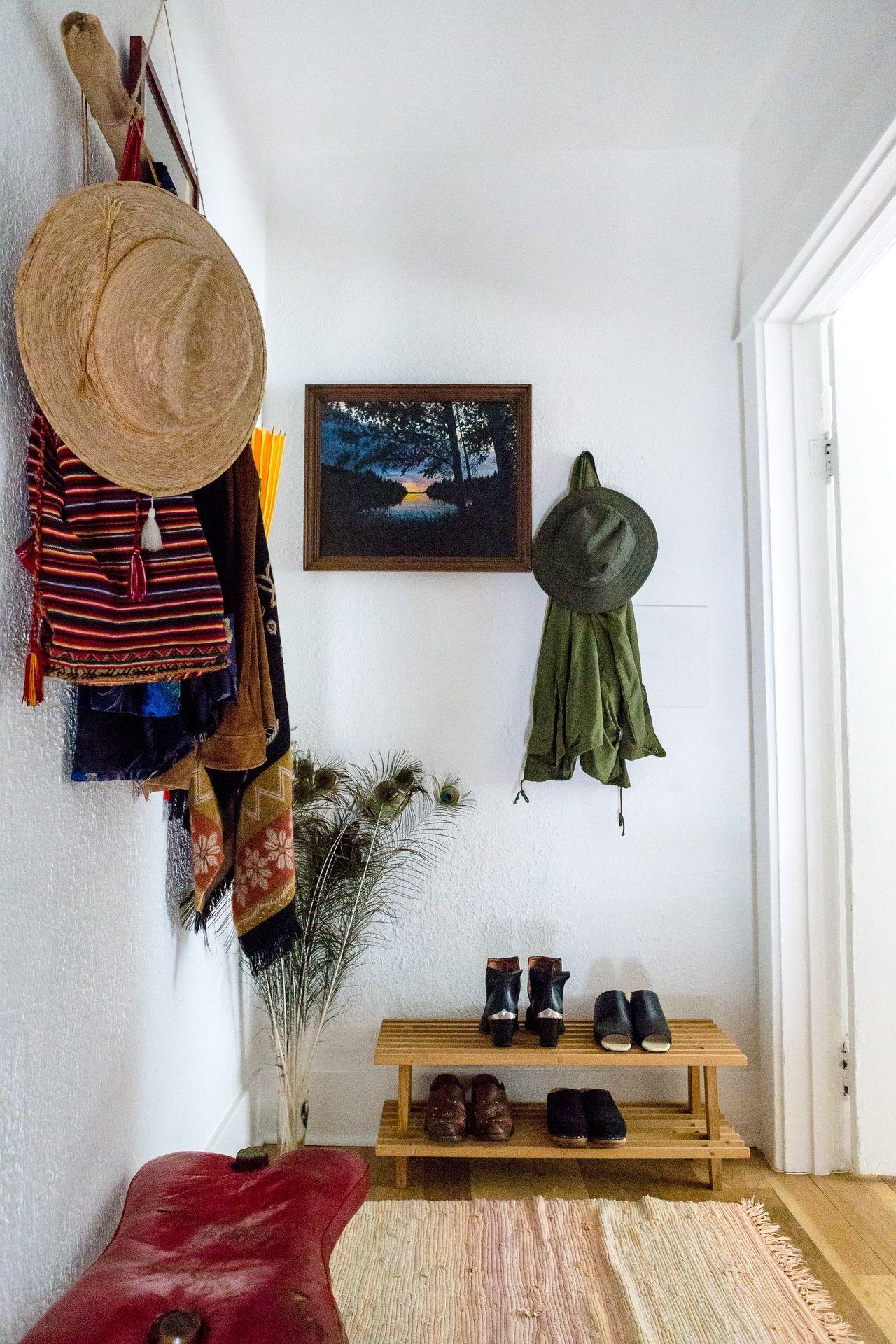 Classic Bohemian Meets '70s Minimalist | Contemporary home ...