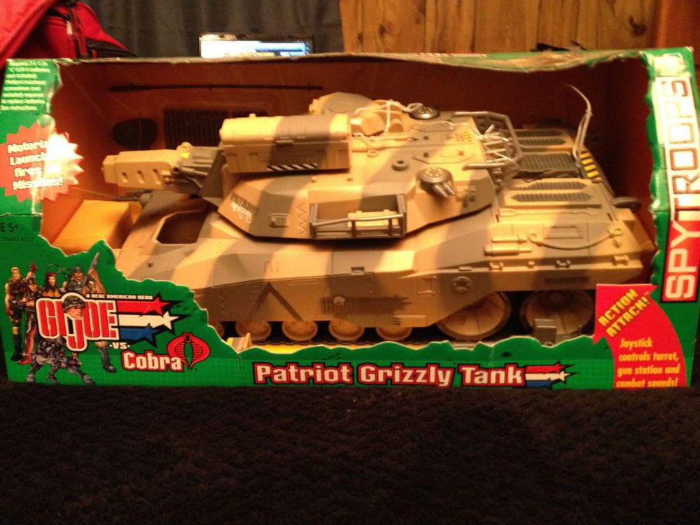 G I Joe vs Cobra Spy Troops PATRIOT GRIZZLY TANK vehicle