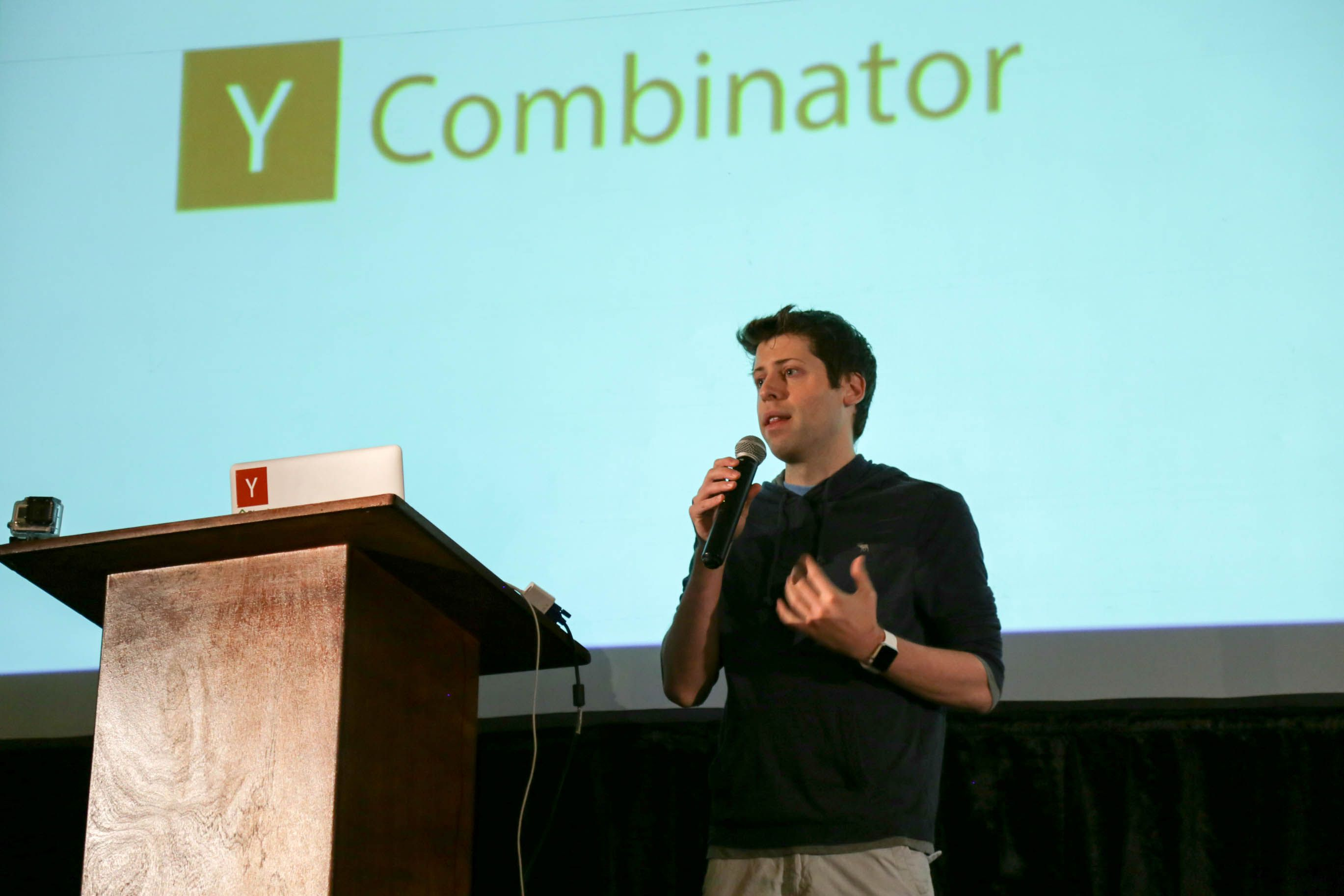 Photo of Y Combinator's Sam Altman goes full-on Donald Trump, makes astonishing threat against Pando/Sarah Lacy