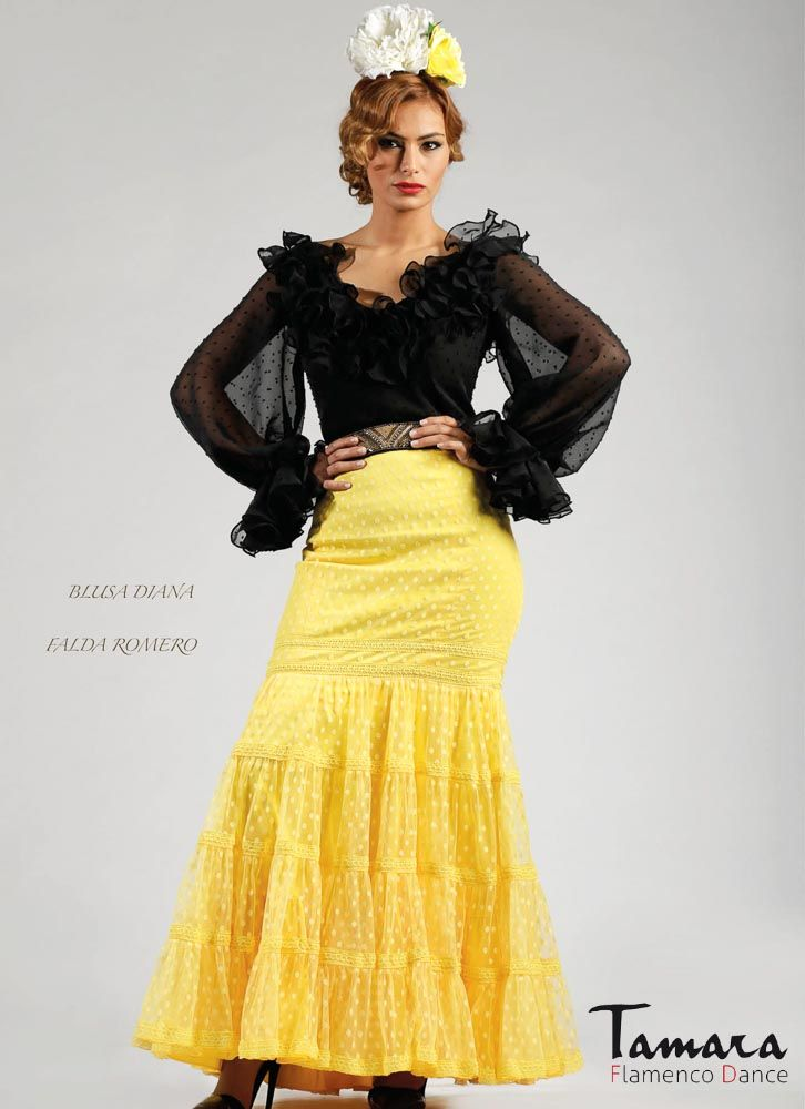 Hechura falda y color falda