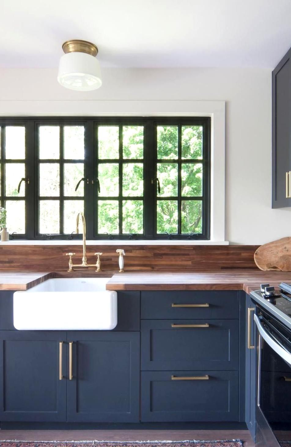 20 Classy Blue Kitchen Cabs Design Ideas For Kitchen Looks More Incredible Kitchens Are In 2020 Kitchen Cabinet Styles New Kitchen Cabinets Painting Kitchen Cabinets