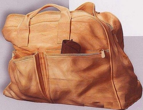 hand-carved bag by Livio De Marchi #woodcarving #carving #art