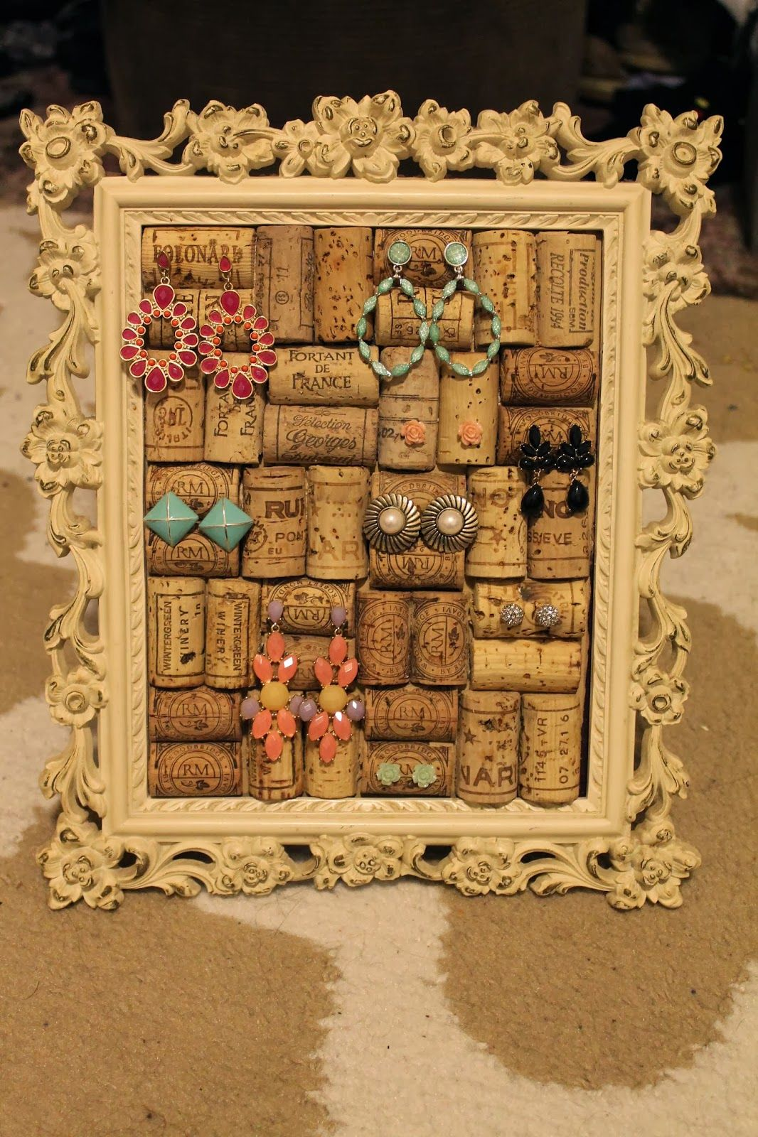 Adorable Wine Cork Earring Holder Step by step instructions