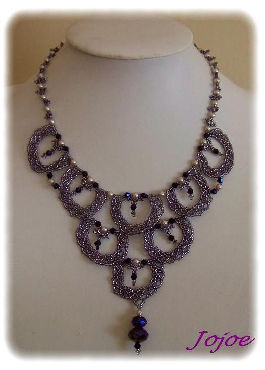 Scalloped lace necklace
