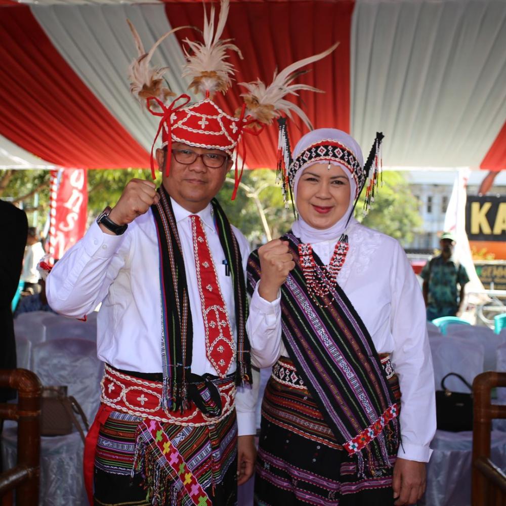 Penjelasannya Gambar Pakaian Adat Minangkabau