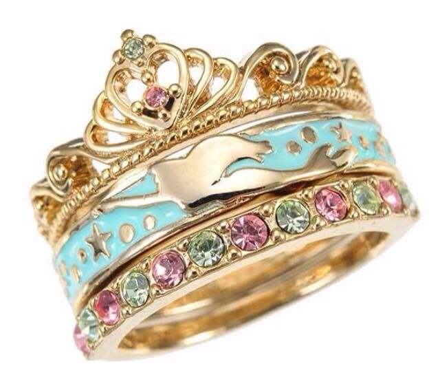 Little mermaid ring It looks just like one of Ariels treasures