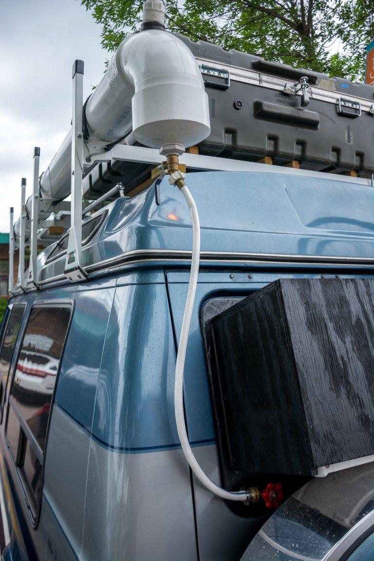 Diy Half Inch Valve Attached To Bulk Union Running Through Rear Window Remolques De Camping Accesorios Para Camiones Camión De Camping