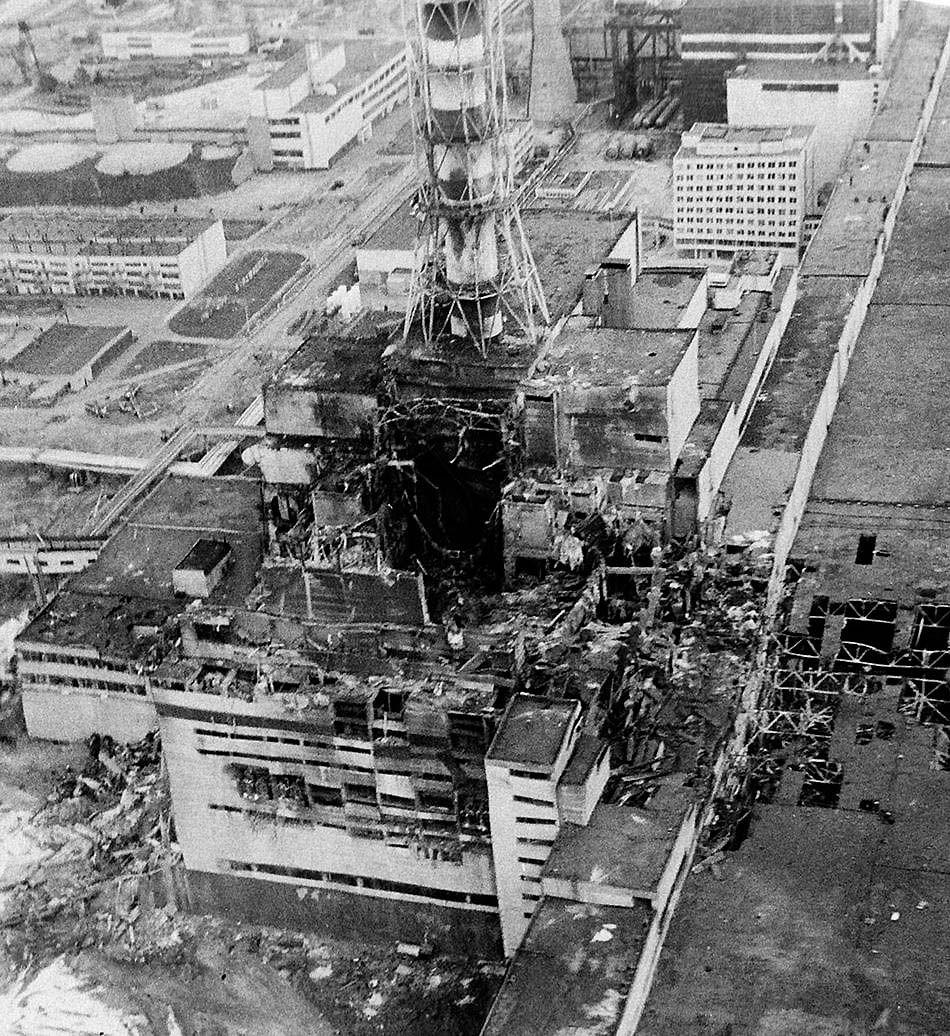 Chernobyl plant after explosion | Chernobyl disaster, Chernobyl ...