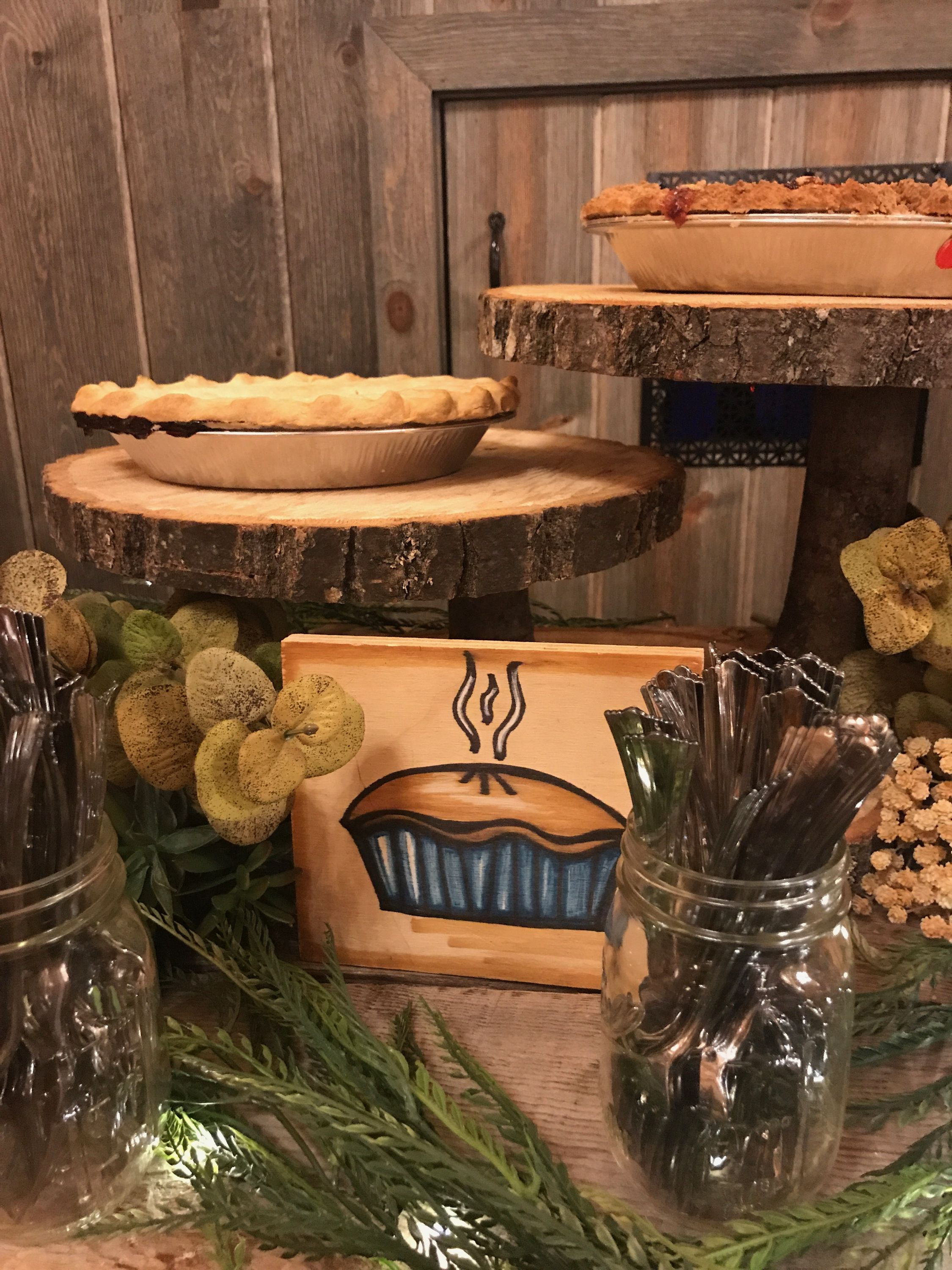 Love the wood slabs serving as pie stands! | Northern ...