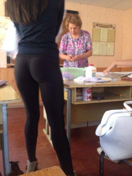 yaşlı kadın ustabaşı kendisini zorla siktirdi  Porno izle
