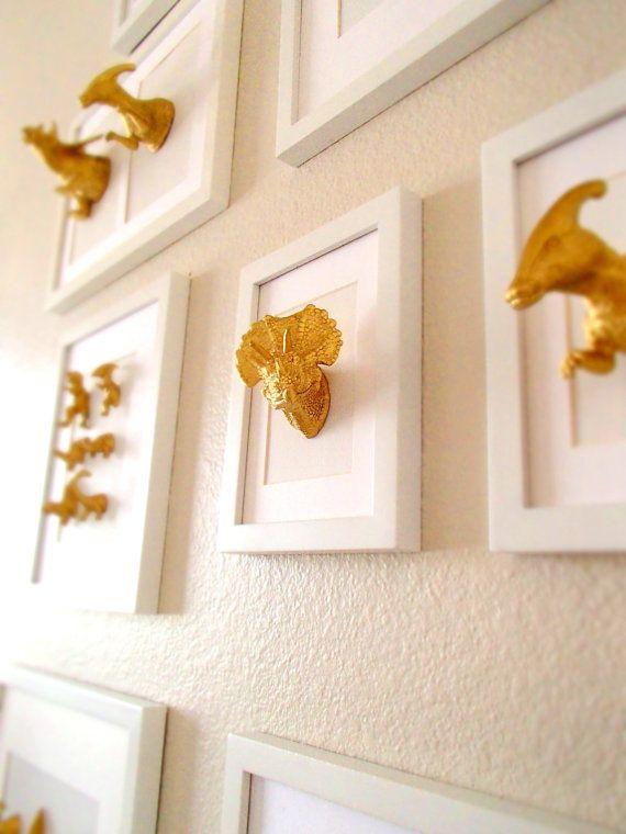 Ähnliche Artikel wie Dinosaurier-Artwork / gold Dinosaurier / 5 x 7 / Mischtechnik / Büro Raum Kunst / Kunststoff Präparatoren / auf Etsy