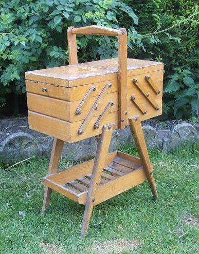 ancienne travailleuse en chene couture lifestyle pinterest travailleuse ancien et. Black Bedroom Furniture Sets. Home Design Ideas