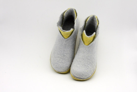 62a04e715a656 LUCIELALUNE ASB1 women men ankle boots handmade felted natural wool ...