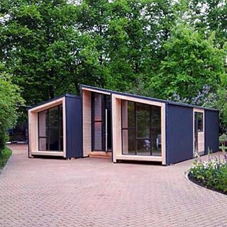 Energy Efficient Home By Moduledom In Moscow Russia Tinyhouse Architecture Micro Nature Tinyhomes Architect House Modern Green