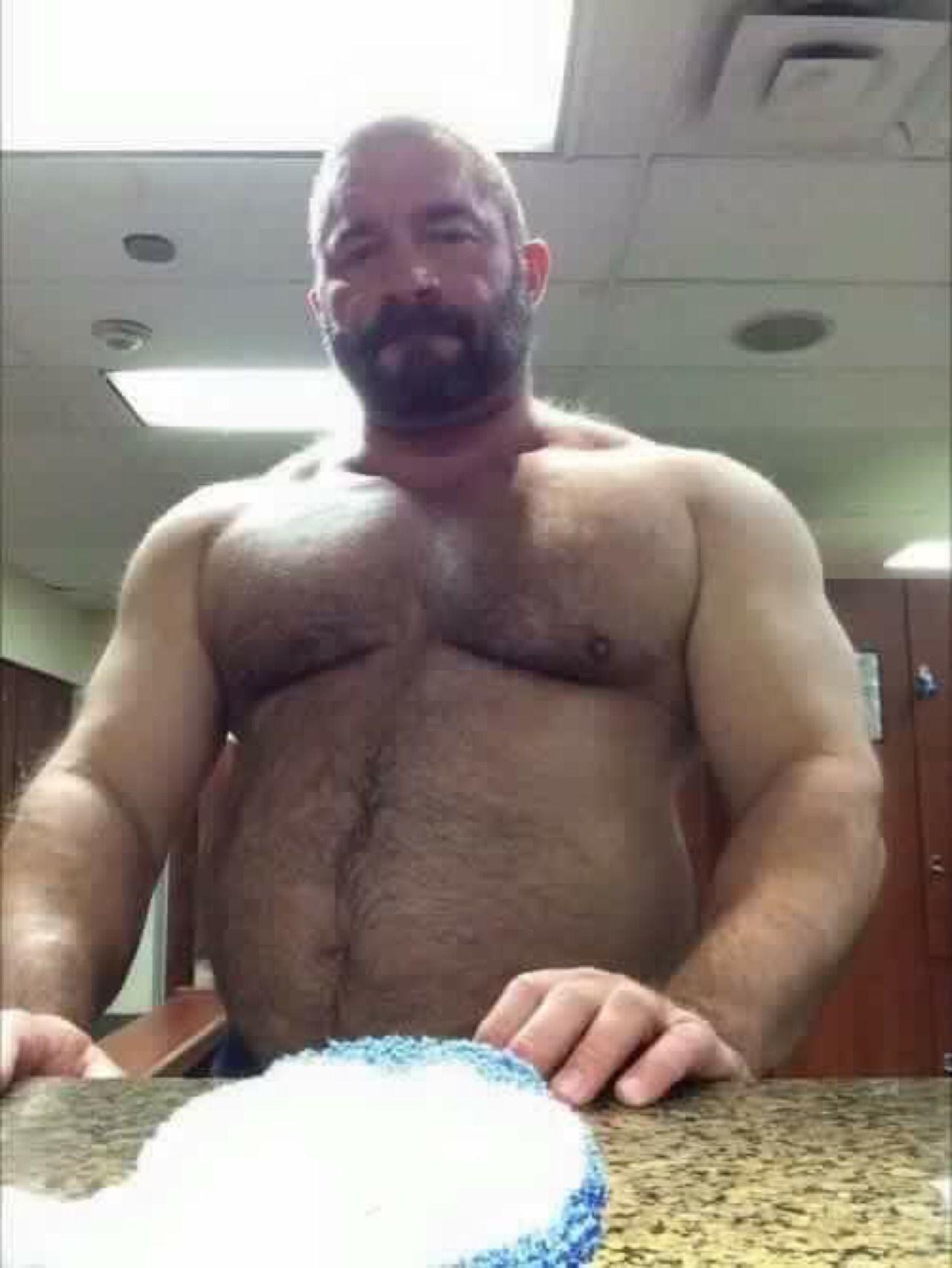 Daddy muscle bears