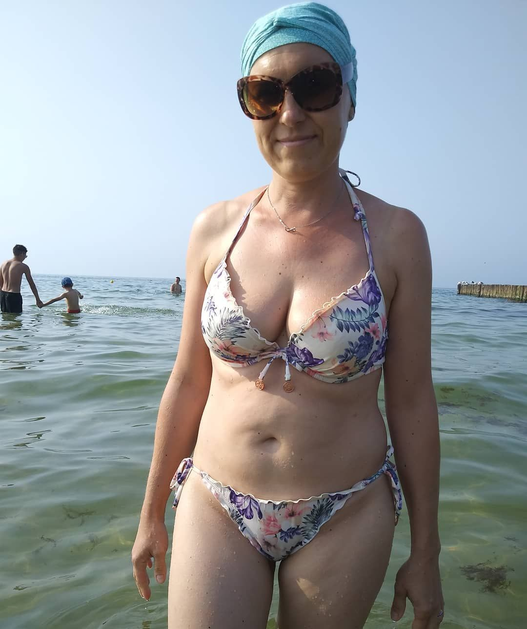 Post your mature wife pics casually