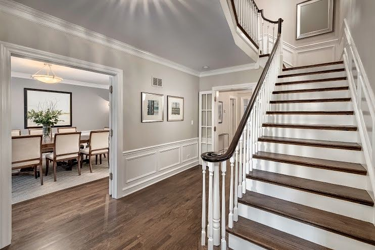 Beautiful Entry Hall Paint Colors