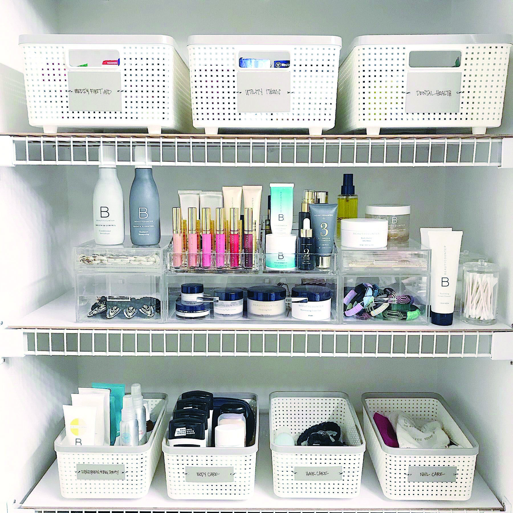 7 Cool Makeup Storage Ideas For Small Spaces Bathroom Organization Makeup Bathroom Closet Organization Bathroom Cabinet Organization
